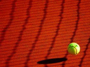 progresser rapidement au tennis