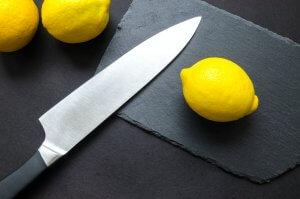 Bien connaître le couteau serbe