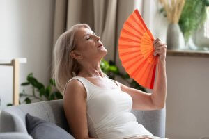 img-proteger-canicule-seniors-comment