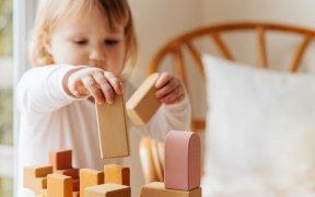 Comment nettoyer son jouet en bois ?